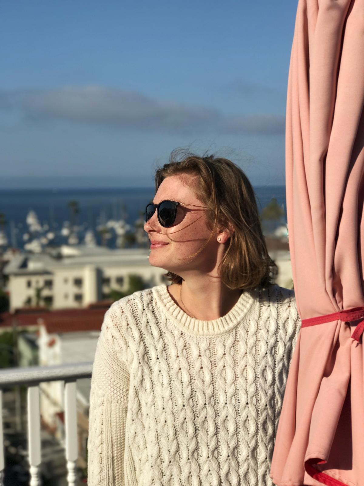 Lauren: Beauty Director, Clean Living Consultant, Founder of Detox MeTuesday