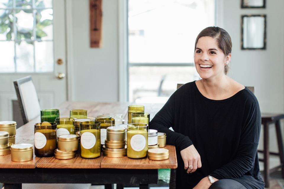 Elizabeth: Candle Designer